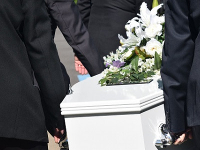 Traditional Cremation Service from Mears & Jackson over 19% less than National Average